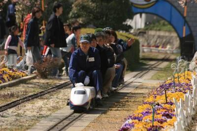 ShinkansenE2.JPG
